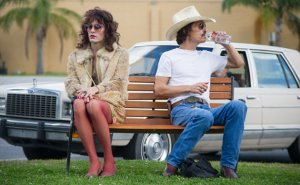 Dallas Buyers Club- Ron and Rayon sit on bench