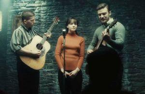 Inside Llewyn Davis- Jim, Jean and Troy perform Five Hundred Miles