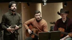 Inside Llewyn Davis- Llewyn, Jim and Al prepare to perform Please, Mr. Kennedy