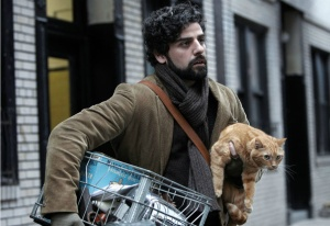 Inside Llewyn Davis- Llewyn with cat
