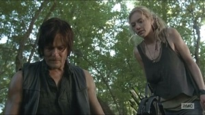 Inmates- Beth and Daryl find footprints
