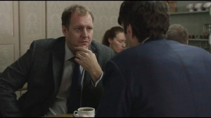 Special Relationship- Jonah meets with journalist to discuss Ray's blog