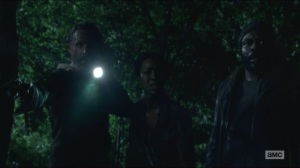 Four Walls and a Roof- Rick, Sasha and Tyreese search for Bob