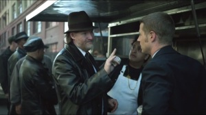 Viper- Bullock introduces Gordon to the best burgers in Gotham