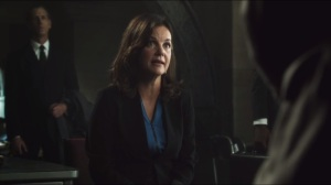 Viper- Taylor Reece, played by Margaret Colin, discusses Stan Potolsky
