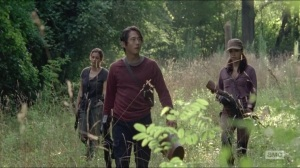 Crossed- Glenn, Tara and Rosita go looking for water