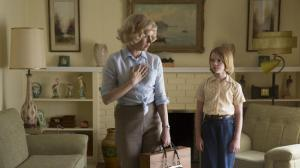 Big Eyes- Margaret, played by Amy Adams, moves out with her daughter, Jane, played by Delaney Raye