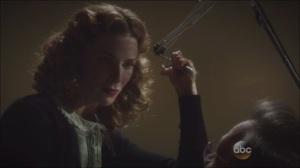 A Sin to Err- Dottie prepares to kill Dr. Honicky