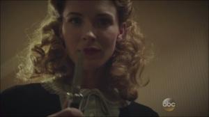 A Sin to Err- Dottie prepares to kill Peggy