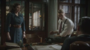 The Iron Ceiling- Dooley listens to Peggy and Thompson argue over whether Peggy should be allowed to go to Russia