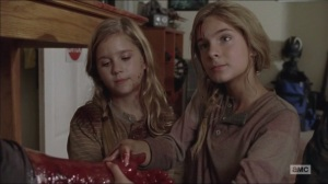 What Happened and What's Going On- Dead Lizzie and Mika take Tyreese's arm