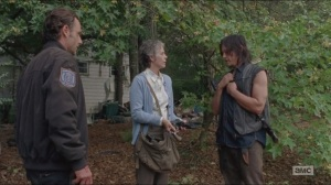 Forget- Carol hands out guns, Daryl has second thoughts