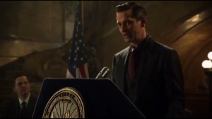 Damned If You Do- Theo Galavan, played by James Frain, speaks about Gotham and Loeb
