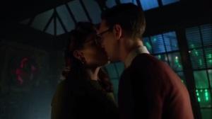 Strike Force- Glasses kiss