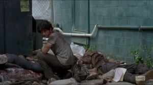 Heads Up- Glenn survives the walker herd