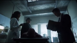 The Son of Gotham- Leslie examines a body while Jim and Bullock go over reports of more deaths