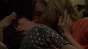 Carol- Therese and Carol kiss