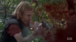 East- Dwight shoots Daryl