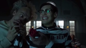 Azrael- Nygma shows Peabody and Strange how he can influence inmates