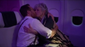No es Facil- Doug kisses a random woman on the plane
