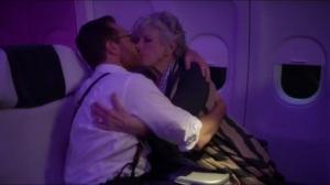 No es Facil- Doug kisses a random woman on the plane