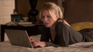 Violent Agreement- Jeannie surfs the internet