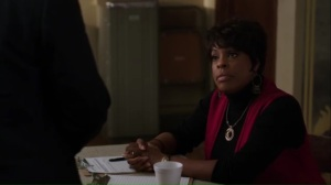 freefall-louise-played-by-niecy-nash-asks-bill-what-he-does