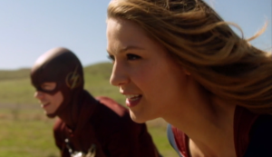 supergirl-and-flash-race