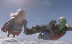 supergirl-and-martian-manhunter-flying