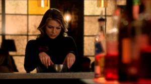 supergirl-evil-kara-at-the-bar