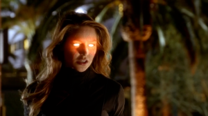 supergirl-using-heat-vision