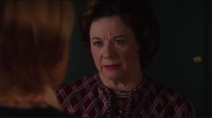 in-to-me-you-see-helens-mother-talks-with-betty