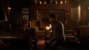 look-into-my-eyes-selina-tells-bruce-that-ivy-is-missing