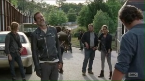 service-rick-hands-michonnes-rifle-over-to-negan