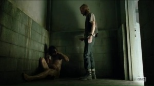 the-cell-dwight-brings-a-dog-food-sandwich-to-daryl