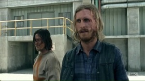 the-cell-dwight-shows-daryl-around-the-sanctuary