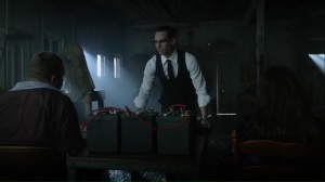 time-bomb-nygma-prepares-shock-therapy-for-butch