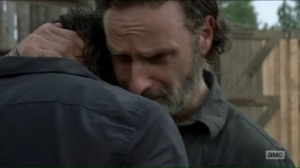 hearts-still-beating-rick-and-daryl-hug-it-out