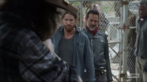 sing-me-a-song-carl-kills-a-few-saviors-before-coming-face-to-face-with-negan