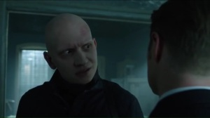ghosts-zsasz-sends-jim-a-warning