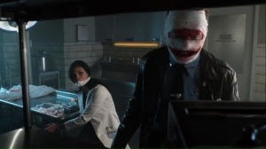 smile-like-you-mean-it-jerome-leaves-leslie-in-the-lab-while-he-prepares-to-leave