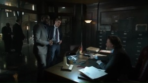 smile-like-you-mean-it-lucius-jim-and-harvey-learn-that-theres-a-mole-within-the-gcpd