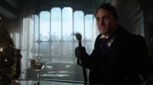 smile-like-you-mean-it-oswald-almost-figures-out-barbaras-plan