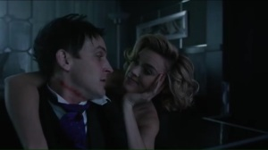 the-gentle-art-of-making-enemies-barbara-tells-oswald-to-help-her-find-nygma
