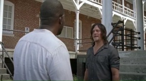 new-best-friends-daryl-asks-morgan-if-he-went-to-see-the-saviors