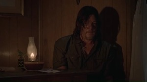 new-best-friends-daryl-lies-to-carol