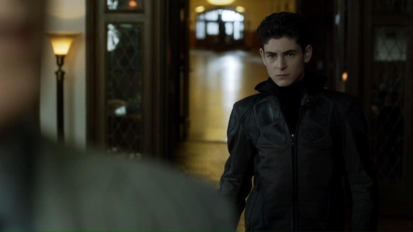 "A Look at Gotham- Season 4, Episode 17: ""A Dark Knight: Mandatory"