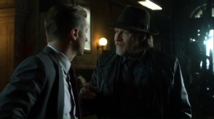 No Man's Land- Harvey tells Jim that the mayor wants to lift the evacuation order- Gotham Fox DC