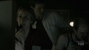 outMatched- Caitlin speaks with Marcos and Lauren over the radio- The Gifted, Fox, X-Men