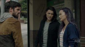 outMatched- John, Clarice, and Marcos arrive in Columbia Heights to speak with Wire- The Gifted, Fox, X-Men
